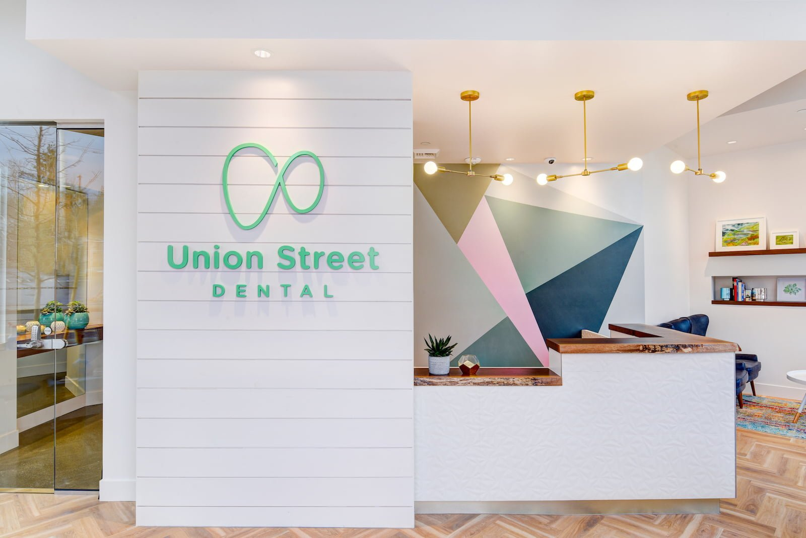 union_street_dental_reception_signage